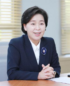 """양향자 공무원인재개발원장 """"사회 마하속도로 변하는데…"""""""